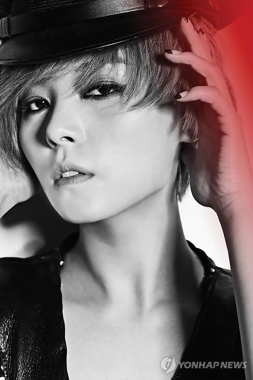 歌手先艺签约经纪公司时隔5年复出