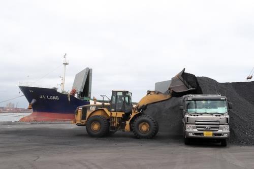 韩国将禁止4艘运入朝煤船舶入港