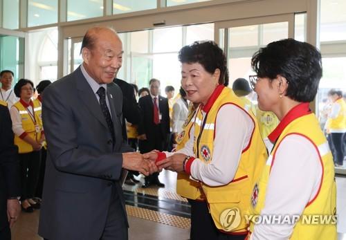 大韩红十字会会长计划9月访朝讨论人道主义合作