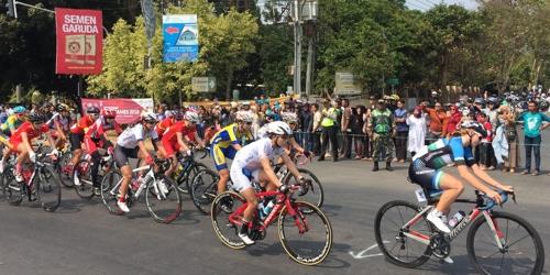 详讯:亚运自行车女子公路个人赛 韩国罗雅凛摘金