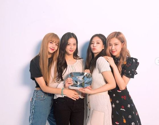 BLACKPINK(Instagram画面截图)