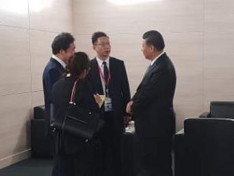 习近平会韩总理预祝第三次文金会成功