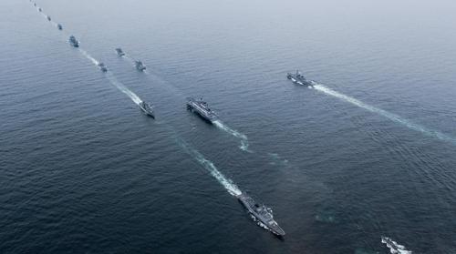 加韩国国际阅舰式的军舰(韩联社/韩国海军供图)