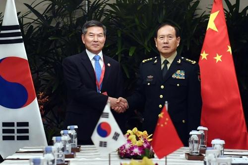 韩中防长会晤 商定增设空军直通电话