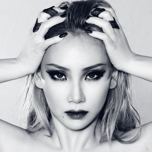 CL与美国组合黑眼豆豆合唱曲面市