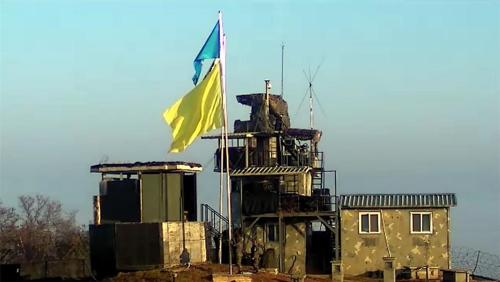 韩朝试点撤除对象哨所插黄旗启动撤除流程