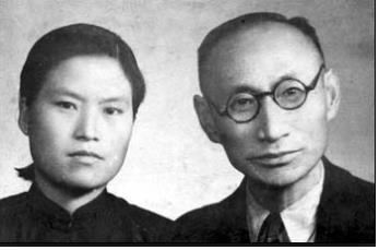 洪梅英(左)和车利锡结婚照(国家报勋处供图)