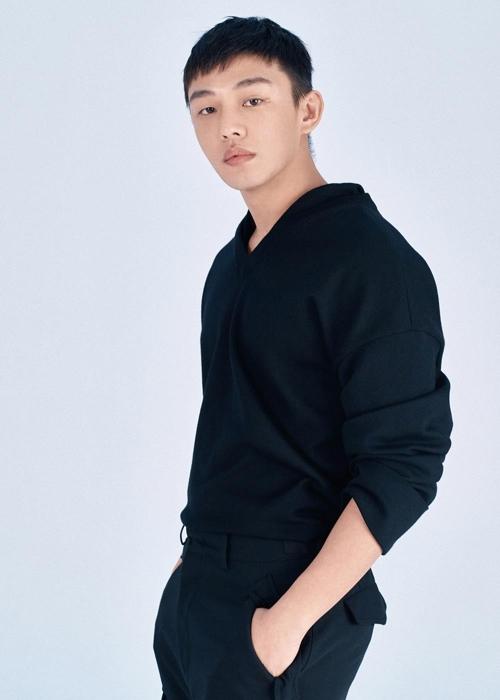 刘亚仁荣膺纽时年度12佳演员