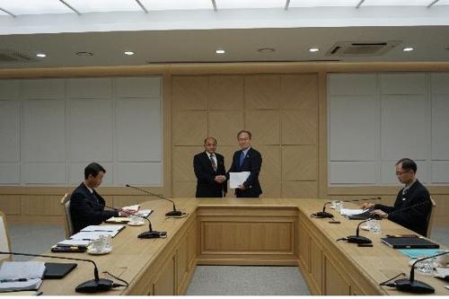 韩朝在卫生工作会谈中试点互换流感信息