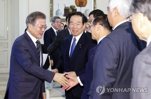 文在寅:韩日个人赔偿请求权尚未失效
