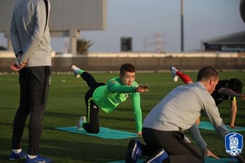 韩国男足在阿联酋备战亚洲杯。(韩联社/韩国足协供图)