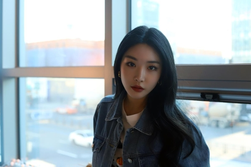 歌手请夏(MHN娱乐供图)
