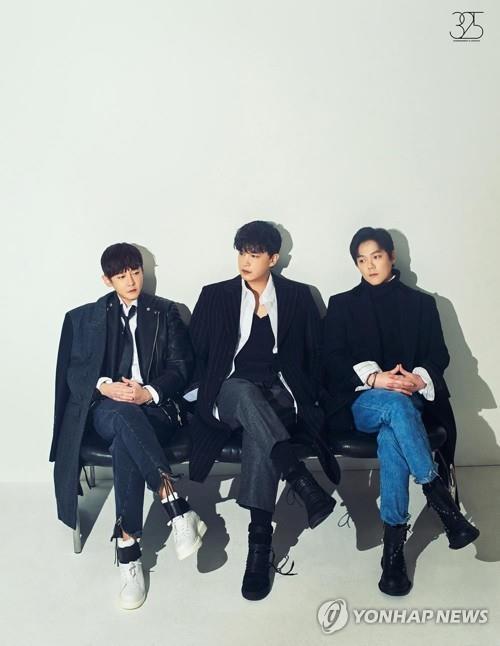 韩乐队M.C THE MAX新歌席卷音源榜