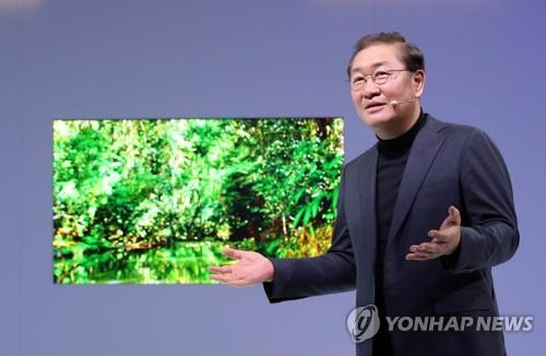 三星LG电视新品亮相2019CES被评缺乏技术创新