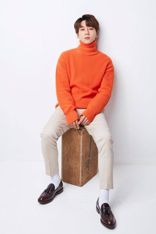 歌手黄致列(韩联社)