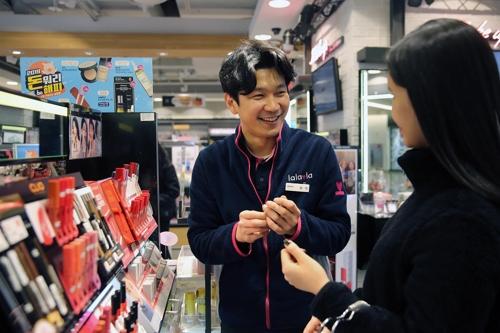 调查:外国人在韩美妆消费生变 彩妆最受捧
