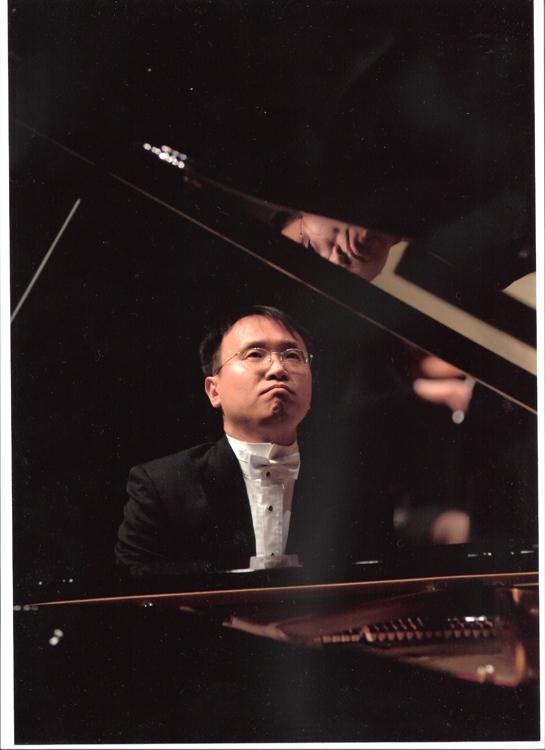 韩国亚洲钢琴协会会长黄圣淳(韩联社/亚洲钢琴协会供图)