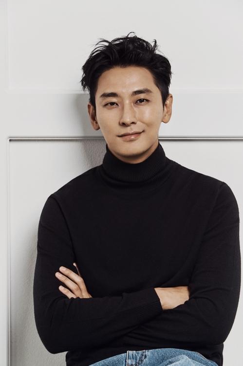 专访演员朱智勋:忠于当下做好自己