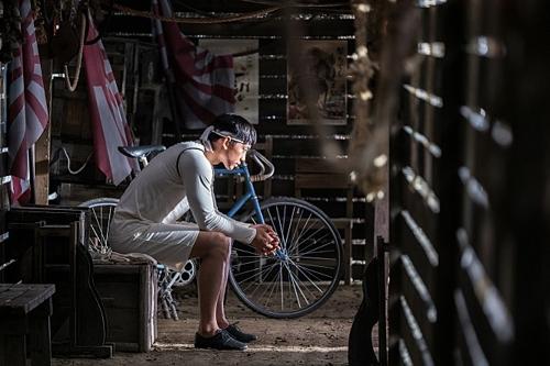《自行车王严福童》剧照(Celltrion娱乐)