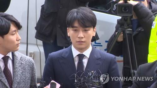 简讯:韩兵务厅批准胜利延期入伍