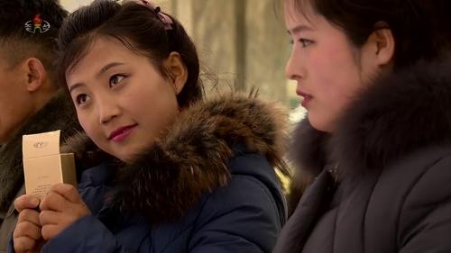 朝媒大力宣传国产化妆品