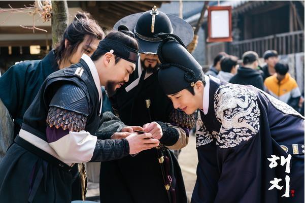 《獬豸》花絮照(官网)
