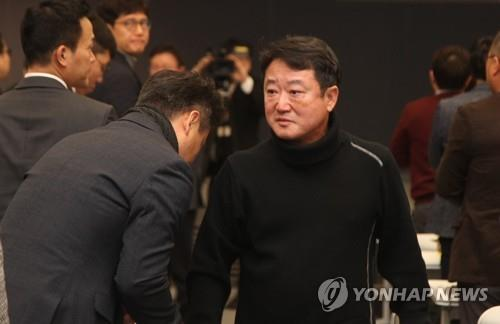 可隆集团前会长领跑韩国企业集团会长年薪榜