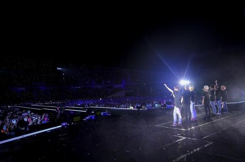 4月6日泰国演唱会(BIGHIT娱乐供图)