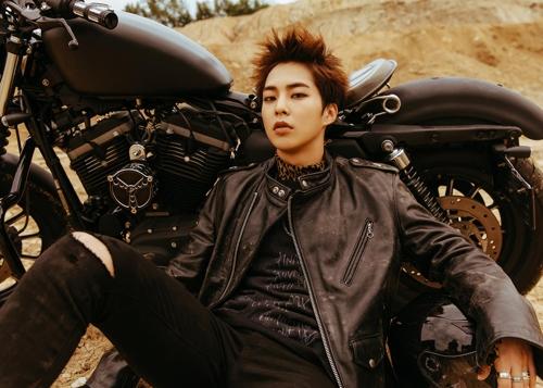 EXO成员XIUMIN(韩联社)