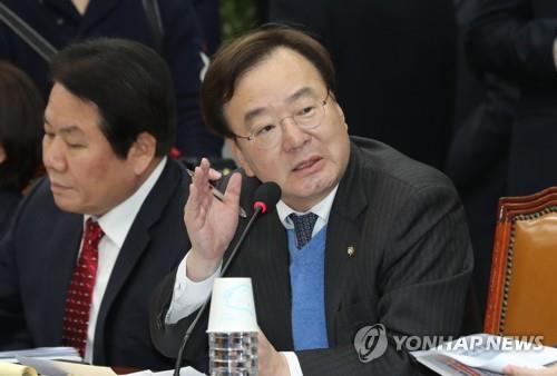 资料图片:自由韩国党议员姜孝祥(韩联社)