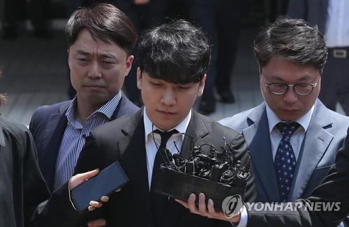 一周韩娱:胜利未被批捕 《请回答》将在华被翻拍