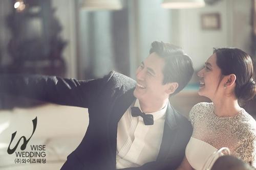 秋瓷炫于晓光公开婚纱照