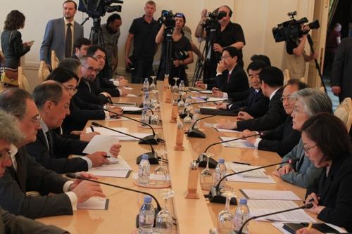 韩俄外长会在莫斯科举行