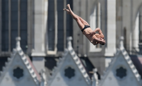 光州世游赛极限跳水项目门票几近售空