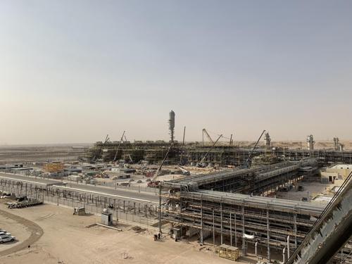 沙特乌德曼尼亚地区乙烷回收处理设施建设现场 现代建设供图(图片严禁转载复制)