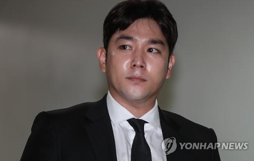 SJ成员强仁宣布退团