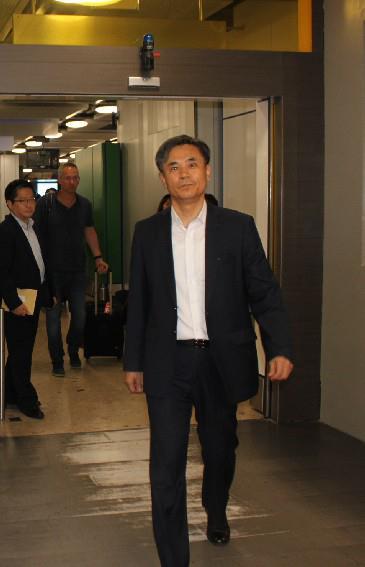 金胜镐抵达日内瓦。 韩联社