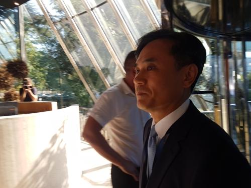 金胜镐抵达会场。 韩联社