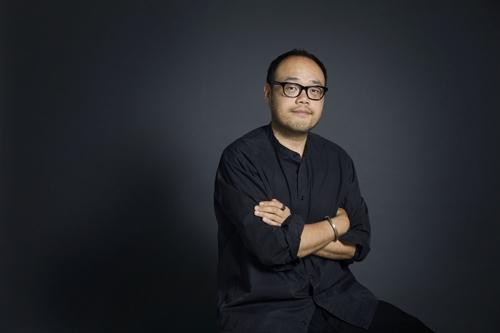 马容元担任首尔媒体城市双年展艺术总监