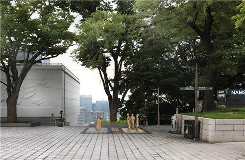 资料图片:位于南山的慰安妇纪念铜像 首尔市政府供图(图片严禁转载复制)