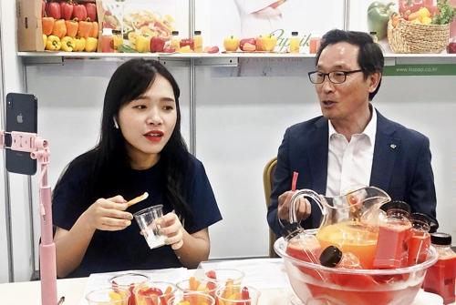 中国网红在韩直播宣传韩国农产品