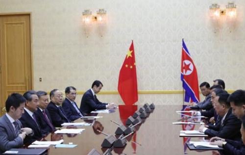 朝中外长会谈现场 中国外交部官网截图