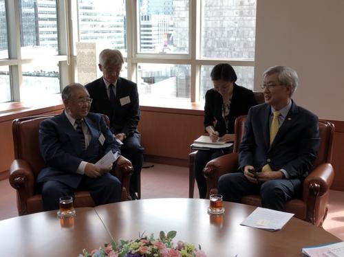 韩副外长会见日韩文化交流基金代表团