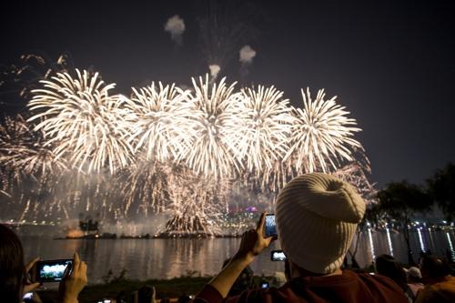 2019首尔世界烟花节下月开幕