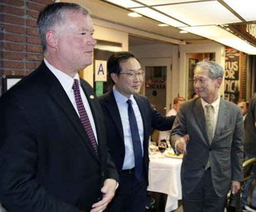 韩美日对朝代表在纽约会晤