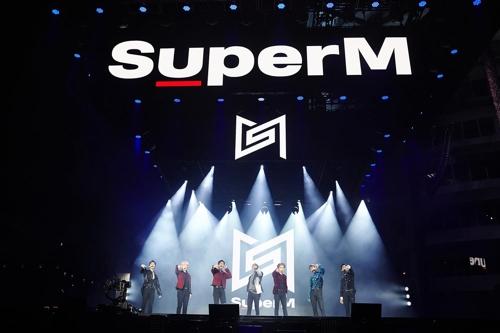 SuperM在美抢听会现场照 韩联社/SM娱乐供图(图片严禁转载复制)