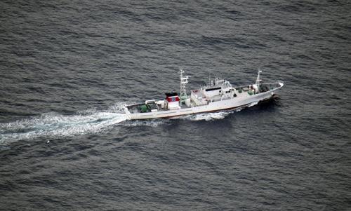 与朝鲜渔船相撞的日本渔政船 韩联社/共同社(图片严禁转载复制)