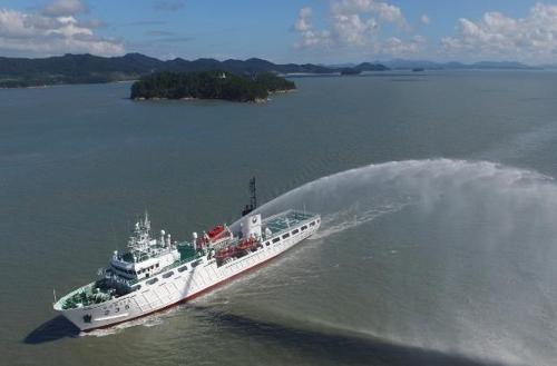 韩中渔政船本周联合巡逻打击非法作业