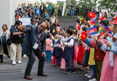 韩-东盟列车活动圆满结束