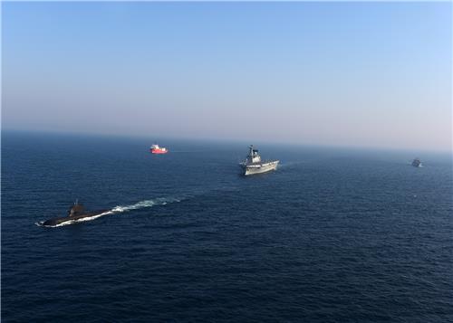 韩国参加西太平洋潜艇事故救援演习